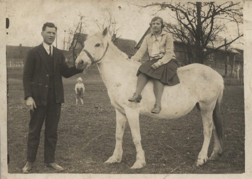 Maria i Józef Zborowscy Łęki Dukielskie i mały Daniel Głowa sąsiad